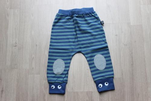 broekje blauw