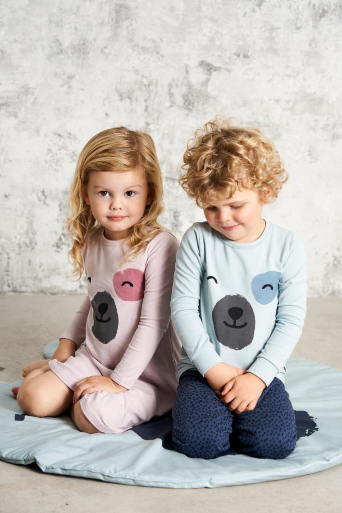 Spot front pyjama